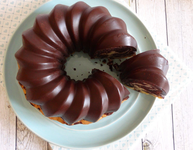 Eierlikorkuchen Marmorkuchen Ruhrteig Rezept Einfach Schokoglasur Perfekte Schokoladenglasur Thermomixrez Eierlikorkuchen Kaffee Und Kuchen Schokoglasur