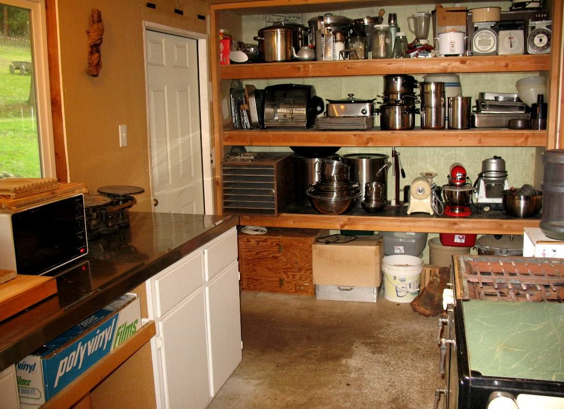 Charmant Canning Kitchen