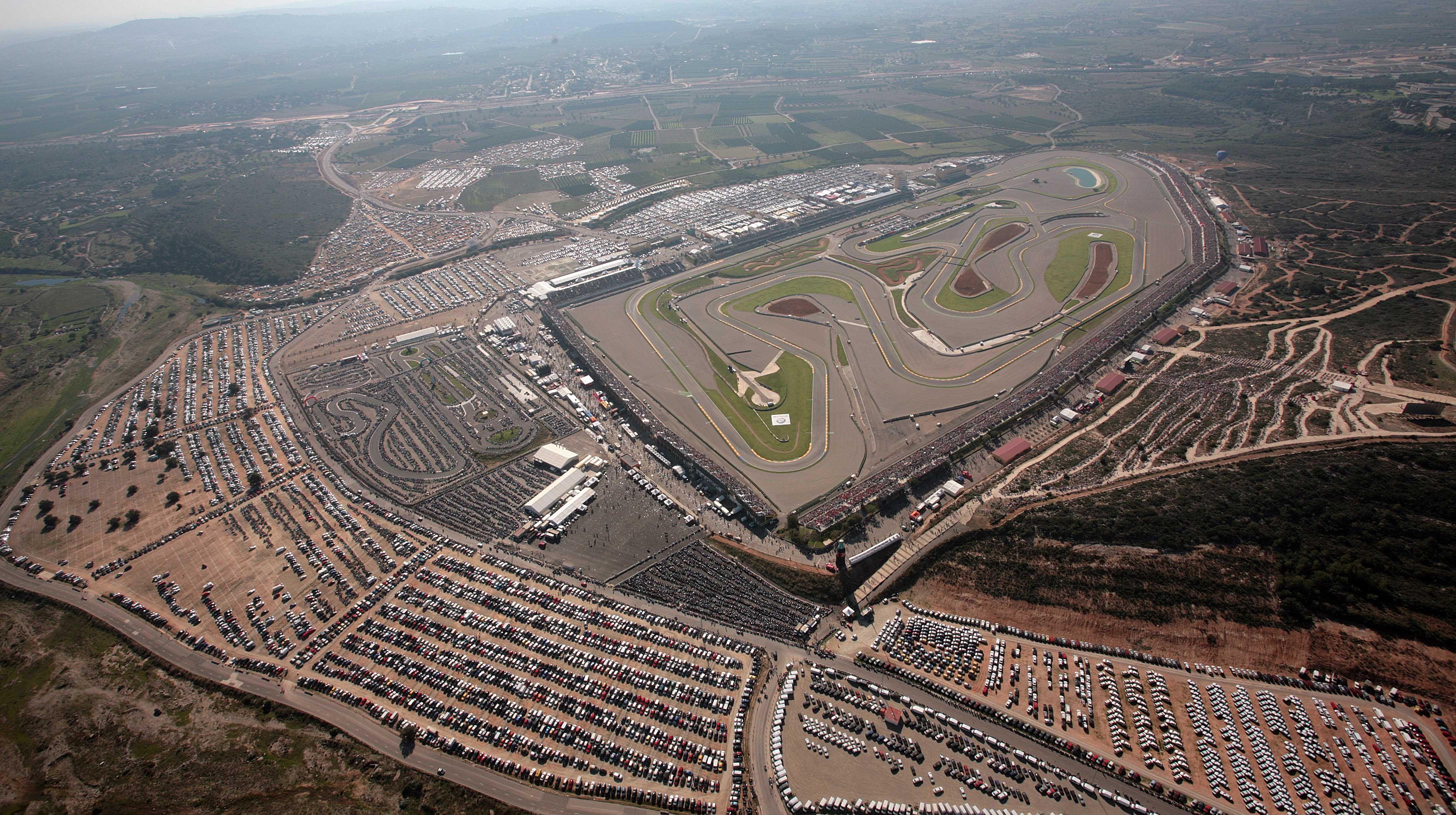 Circuito Ricardo Tormo : Fotografía aérea del circuito ricardo tormo de cheste gran