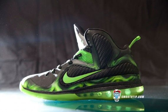 """detailed pictures f5e93 19360 Nike LeBron 9 """"ParaNorman"""" Customs by SmoothTip"""