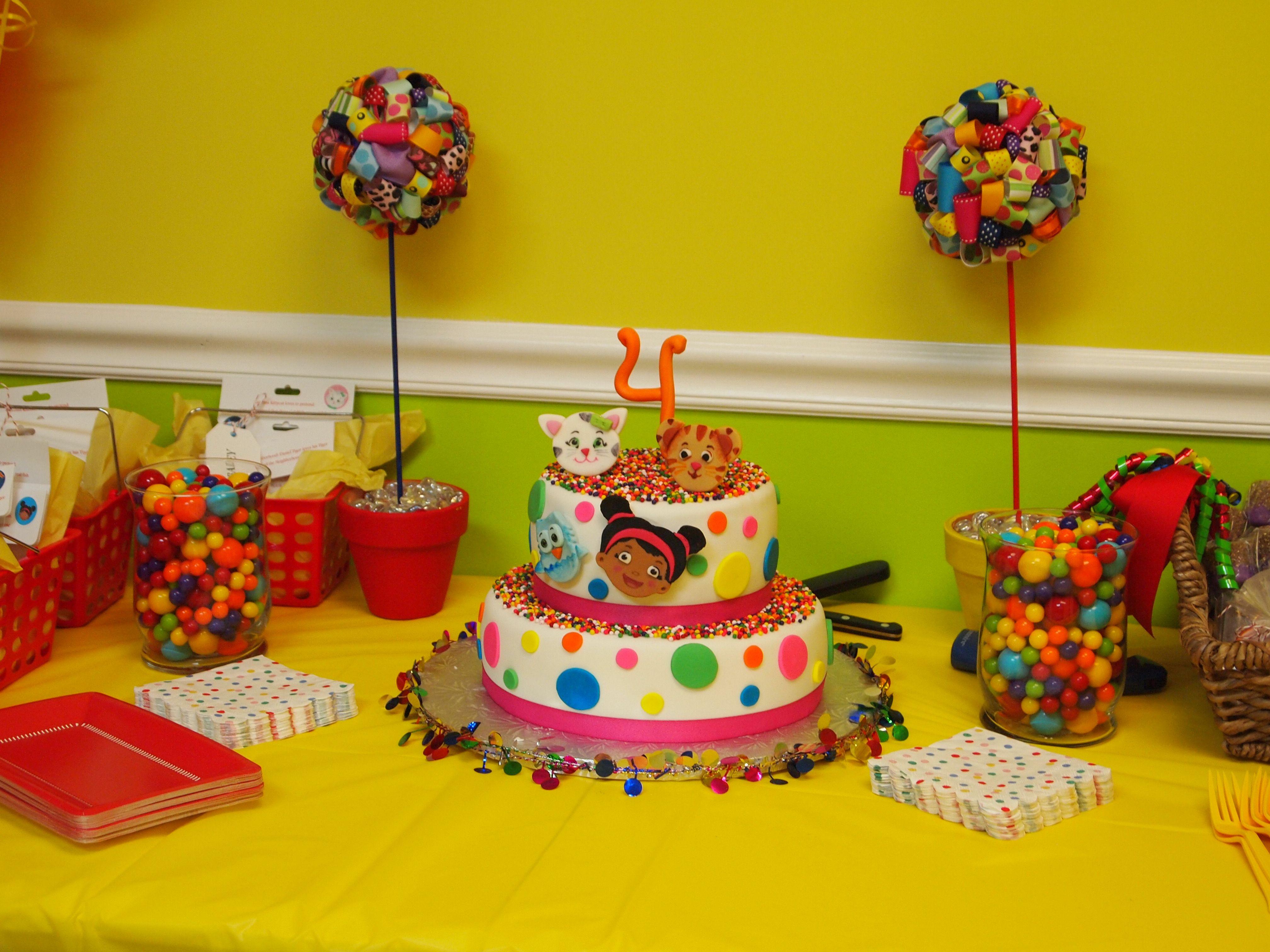 Daniel Tigers Neighborhood 4th Birthday Party Cake Table Daniel