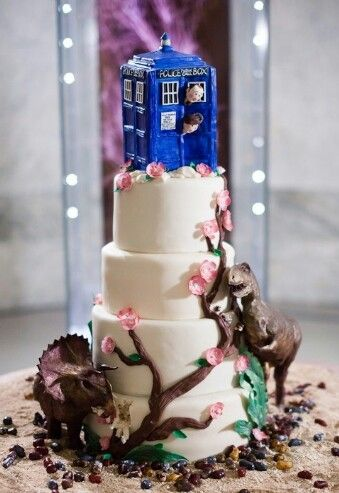 I am so fangirling about this i love doctor who!!!!!!!