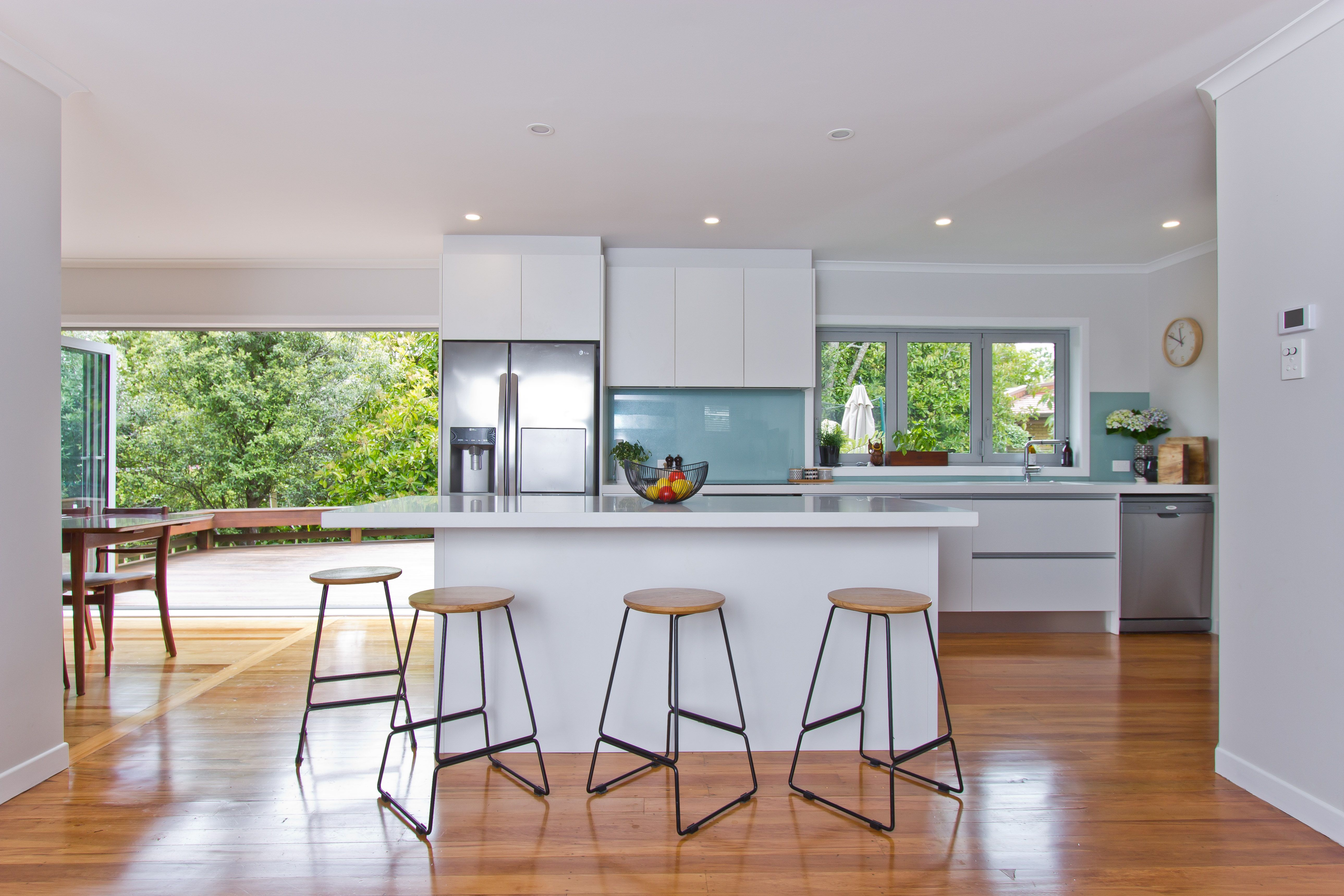 Indoor And Outdoor Flow With An Open Plan Kitchen Dining And Lounge Area In 2020 Open Plan Kitchen Dining Kitchen Dining Living Open Floor Plan Kitchen