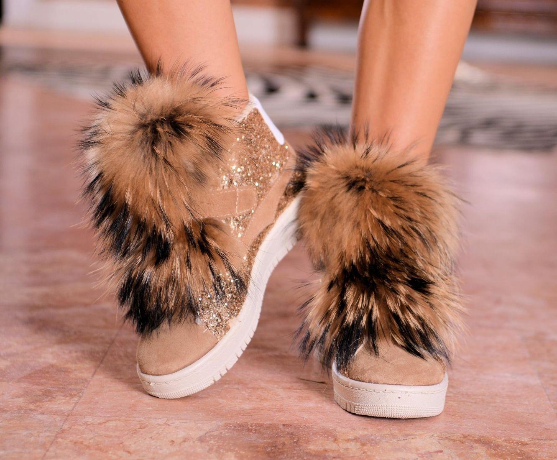 Sportowe Buty Z Futrem Z Lisa Fur Fashion Fur Slides