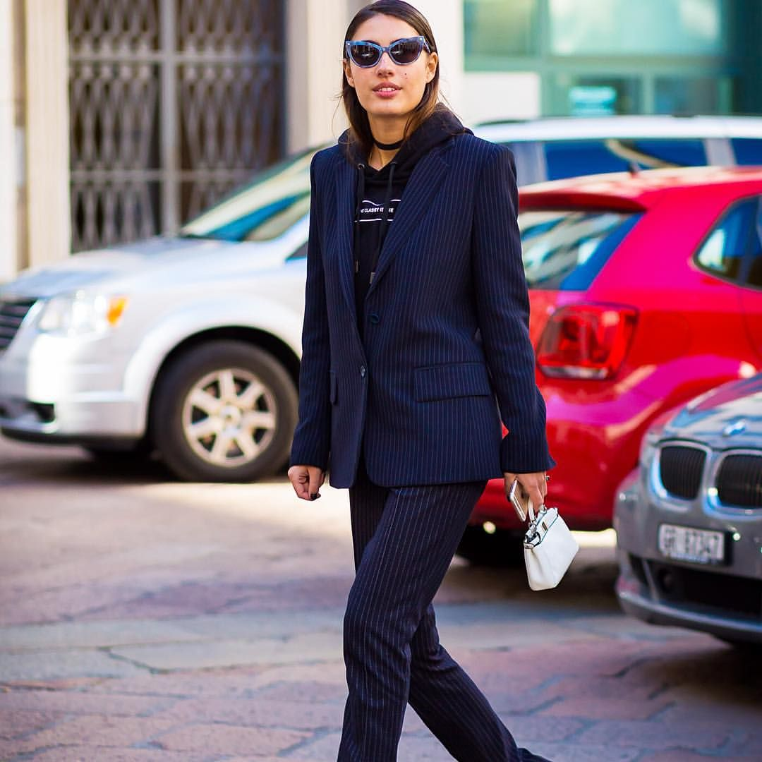"* STYLE DU MONDE * ❤ on Instagram: ""#New on #STYLEDUMONDE http://www.styledumonde.com with @patriciamanfield #PatriciaManfield at #milan #fashionweek #mfw #mmfw #fendi #pinstripe #outfit #ootd #streetstyle #streetfashion #fashion #mode #style"""