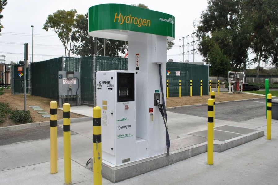The hydrogen filling station at the OCSD plant in Fountain