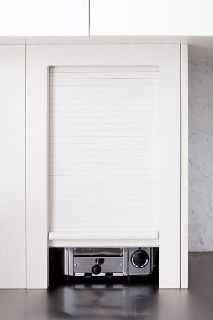 Best Hide Everyday Appliances Such As The Toaster In A 640 x 480