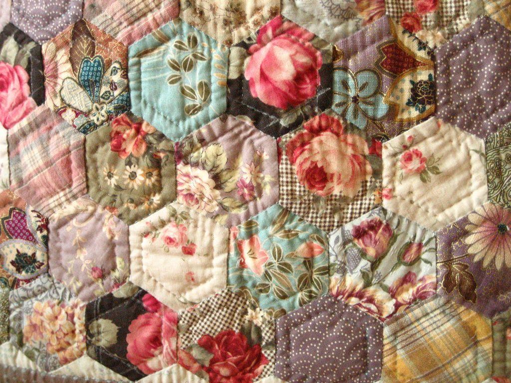 Hexie quilt ~ love the vintage fabrics