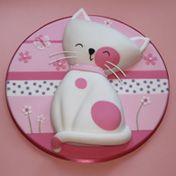 http://www.zoeclarkcakes.com/cakes_special_birthday2.html
