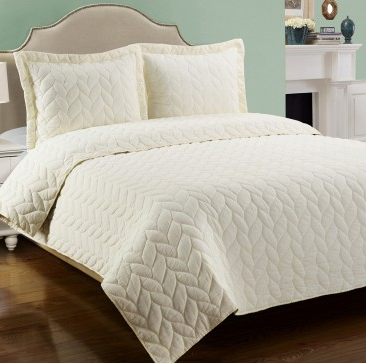 the orchards turning leaves and cozy comforts of home buy our ashley quilt set