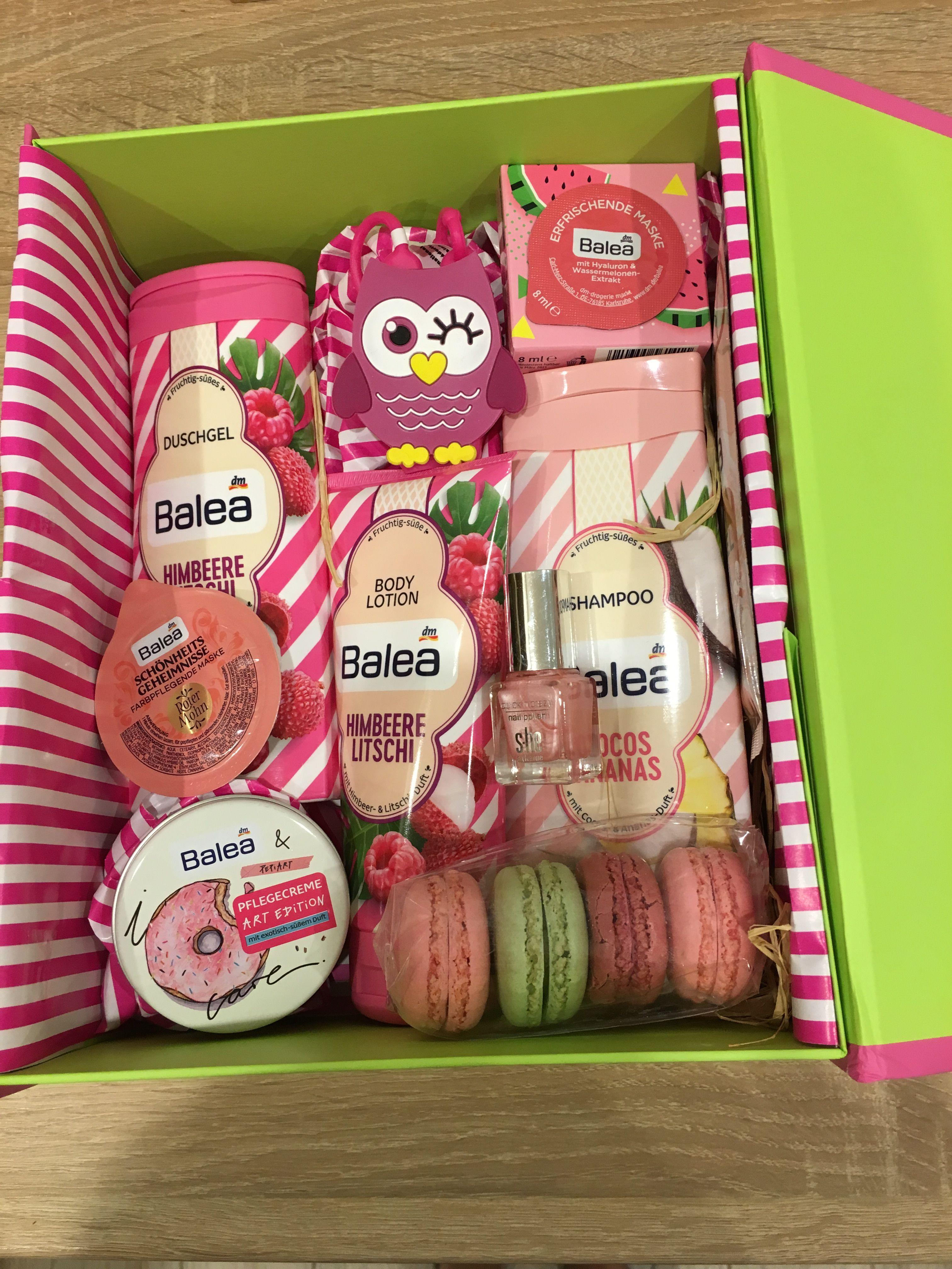 Ajandek Doboz Diy Christmas Gifts Christmas Gift Box Birthday Gifts