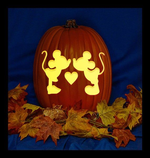 Mickey Minnie Love - Hand Carved on a Foam Pumpkin - Plug in light with Switch included. #pumkincarvingdesigns