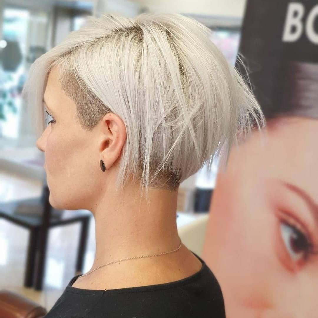 Boblovers Instagram Rbonfant Haircut By Salvatore Bognanni12 Bobhaircut Undercut Bobhairstyle Rasat Pixie Haircut Short Hair Styles Thick Hair Styles