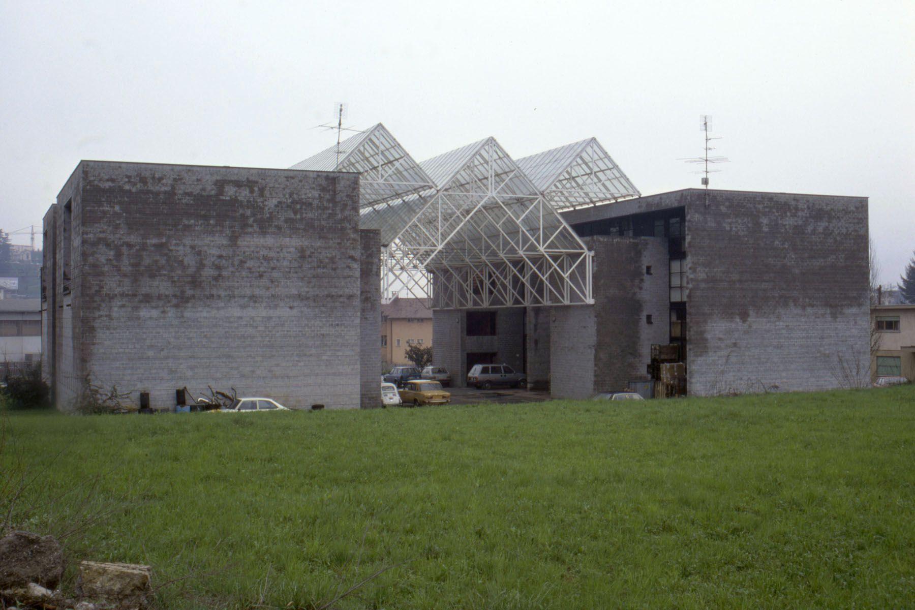 Mario Botta | Centro de Industrias Auxiliares - Centro Artigianale | Balerna, Suiza | 1977-1980