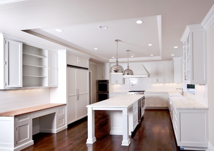 Modern L Shaped White Kitchen With Recessed Lighting Installed On