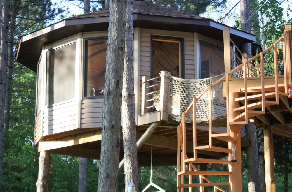 Treehouse Airbnb's in the Midwest (Wisconsin, Minnesota ...