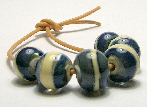 Navy and Cream Handmade Lampwork Bead Set by amazingbeads on Etsy, €15.00