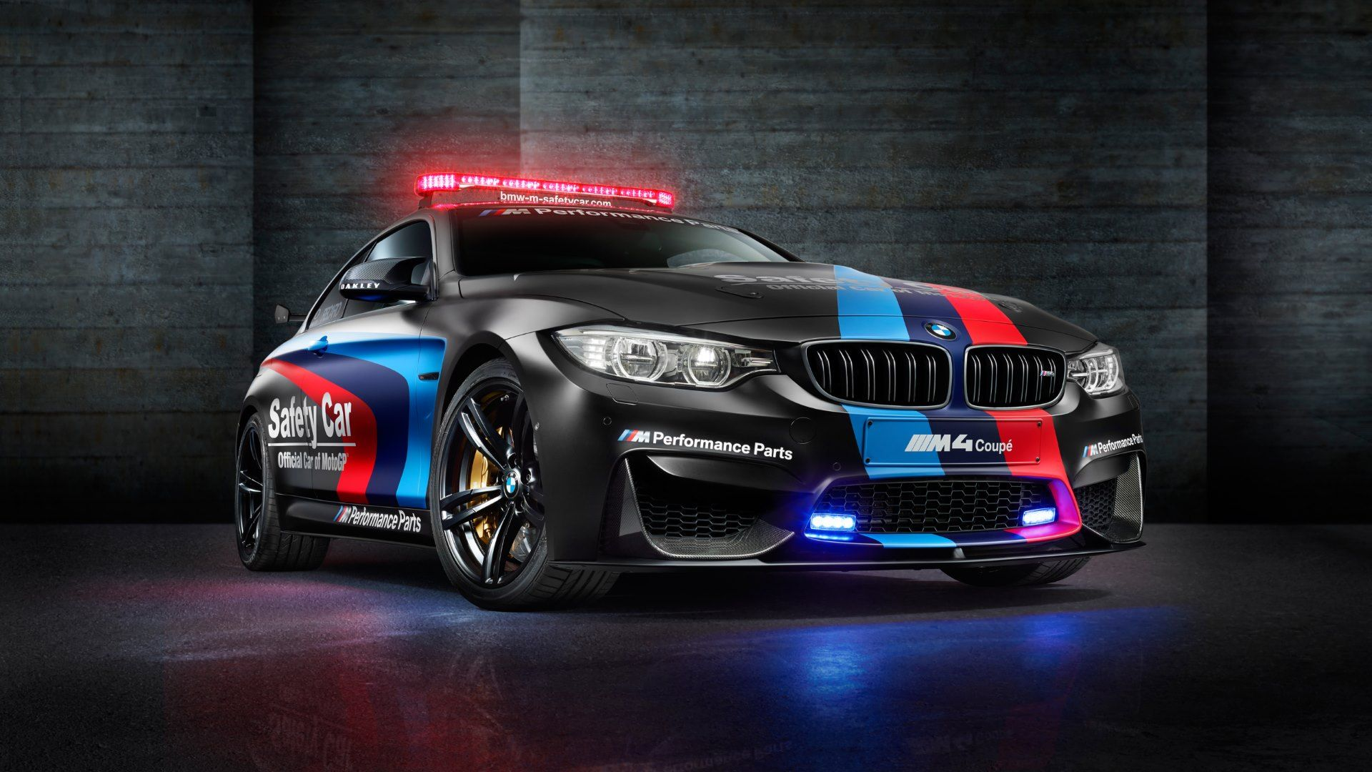 Bmw 5 series touring police 2013 uk wallpapers and hd images car - Bmw M Official Car Of Motogp Hd Wallpapers 4k Wallpapers