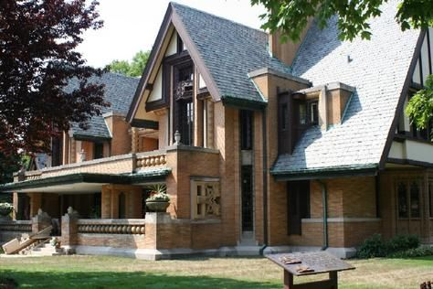 Frank Lloyd Wright Home & Studio - Architecture Linked - Architect & Architectural Social Network