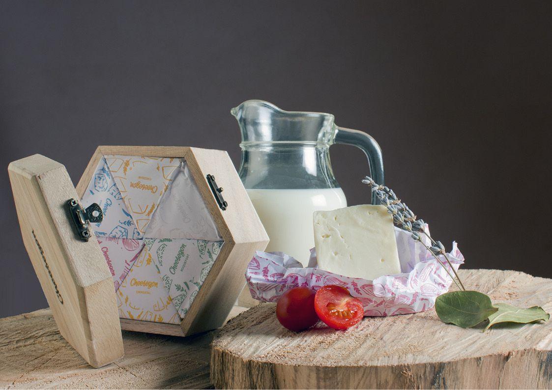 Proyecto final para la asignatura 'Diseño aplicado al Envase'. Cheesegon es una marca especializada en la venta de tablas de quesos artesanales. Sus seis variedades de quesos selectos están hechos...