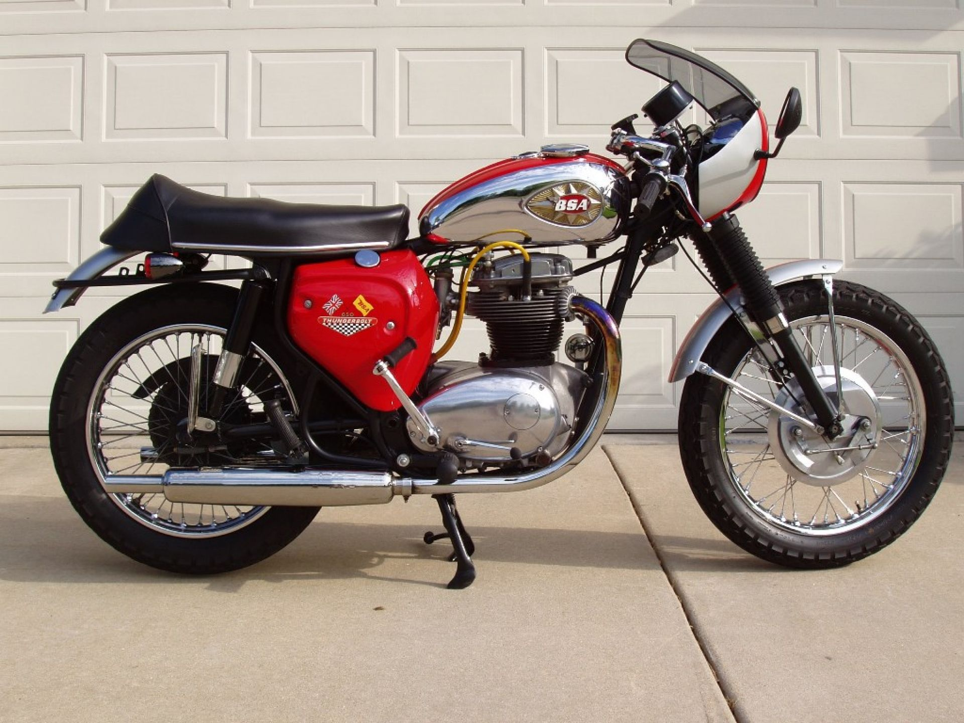 Bsa thunderbolt 650 pipeburn purveyors of classic motorcycles cafe racers custom motorbikes