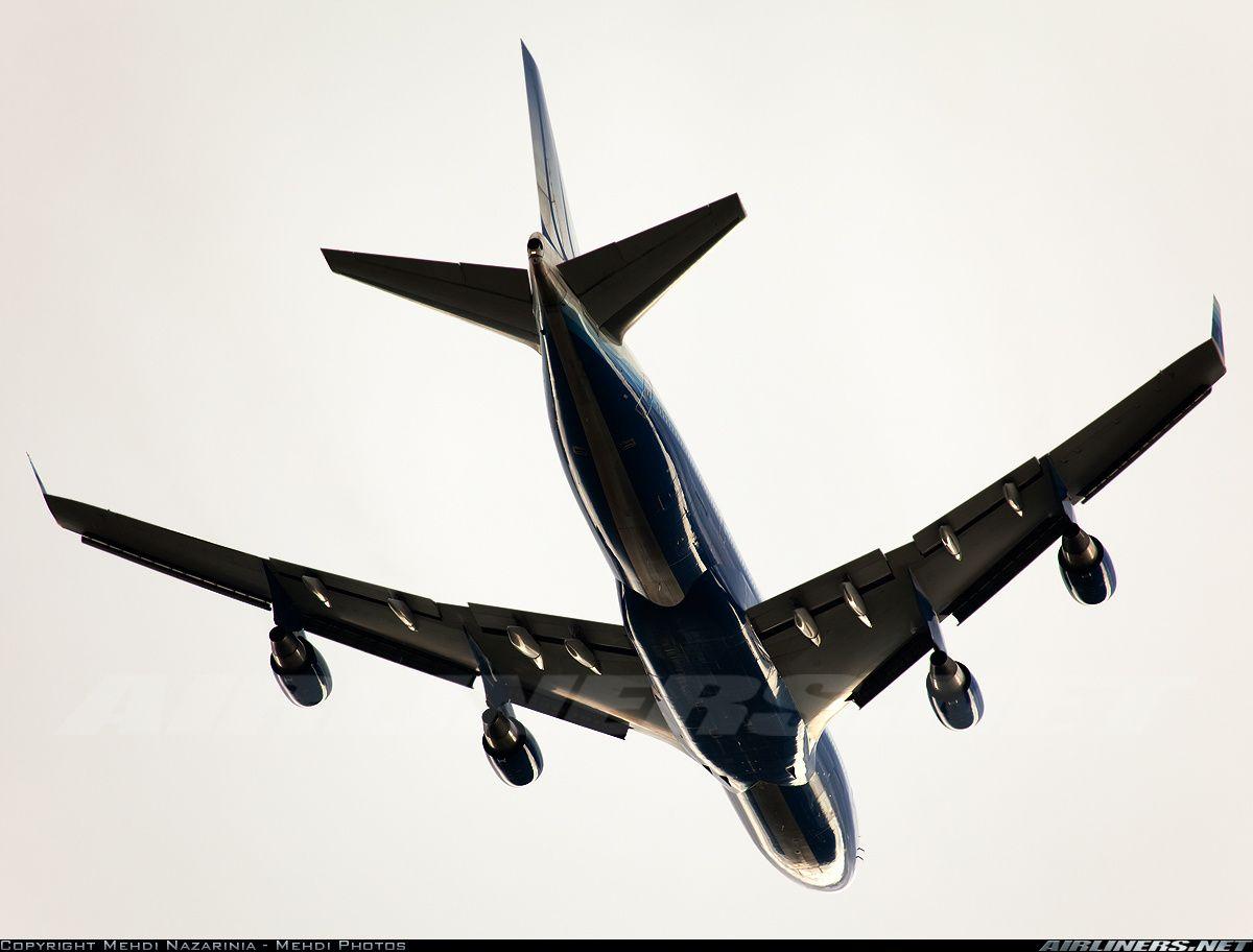 Boeing 747422 from below Boeing 747, Boeing, Aircraft