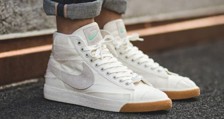 huge discount 1e3dd 90080 The Nike Blazer Mid