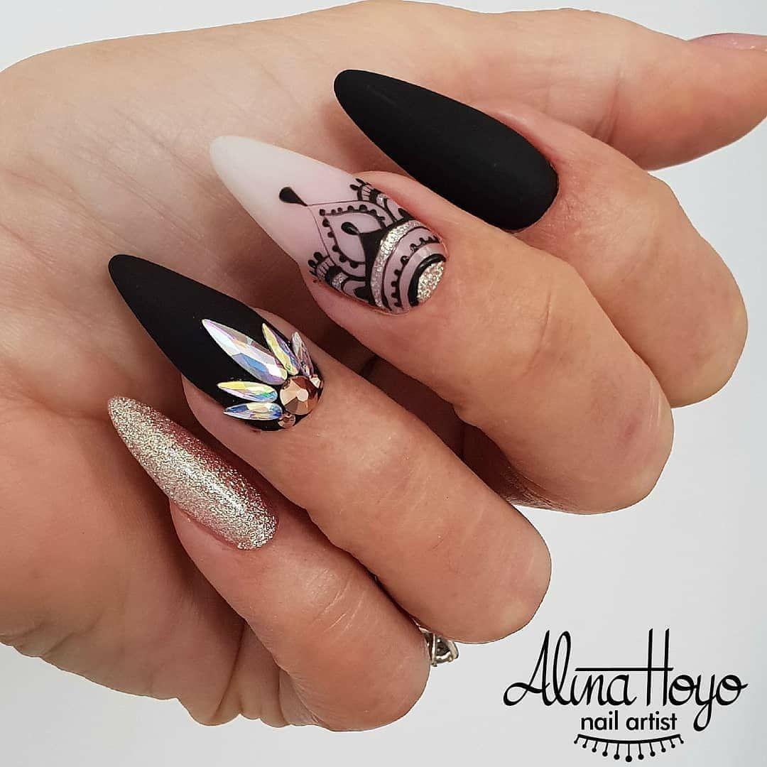 Hand Painted Nail Art Simple: Pin By Samarah Ballard On Nails In 2019