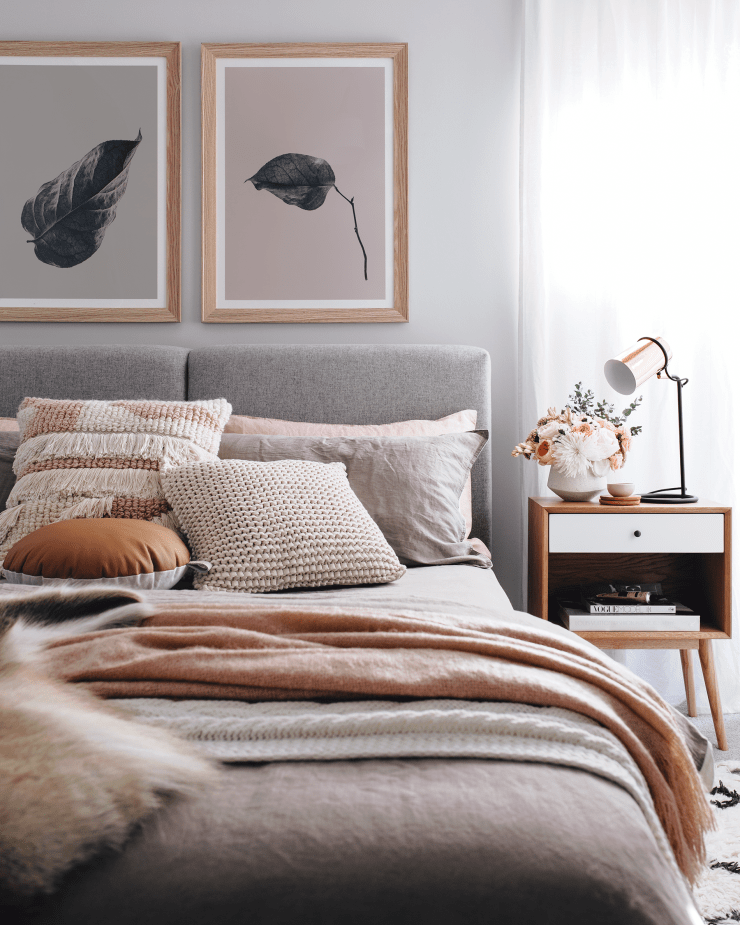 Cozy Fall Bedroom Ideas: Update The Artwork