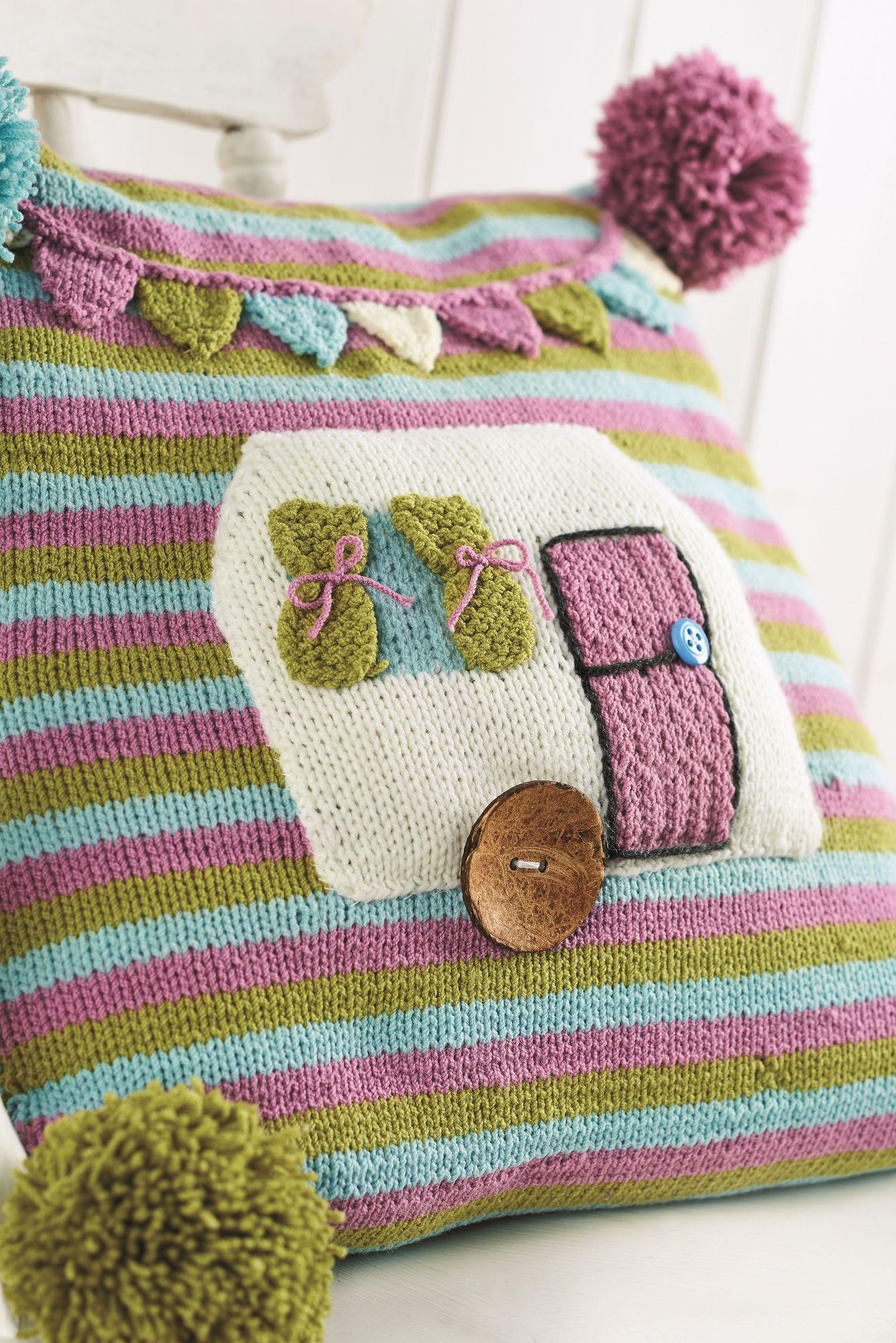 Cute caravan cushion - Free Knitting Patterns - Homewares Patterns ...
