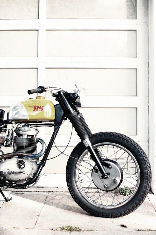 Le Container Virago Cafe Racer Cafe Racer Bsa Motorcycle