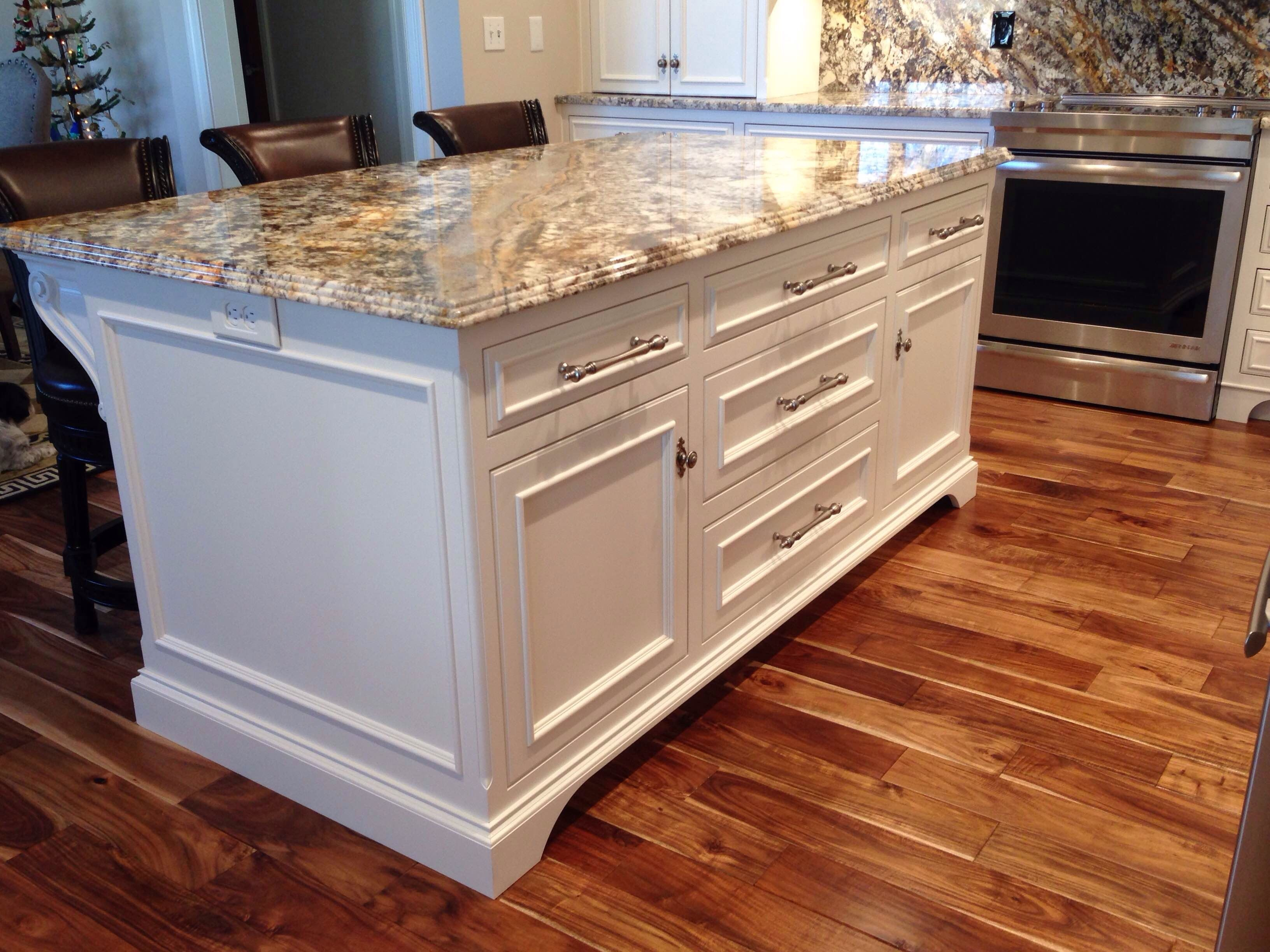 Triple Pencil Edge On Granite Top On Island Manchester Swivel