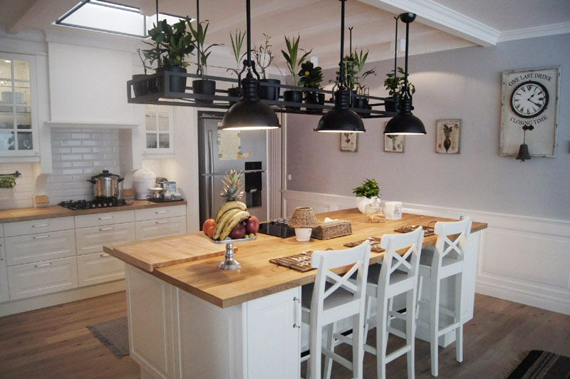 Biała Kuchnia Z Wyspą Inspiracja Homesquare Kuchnia In