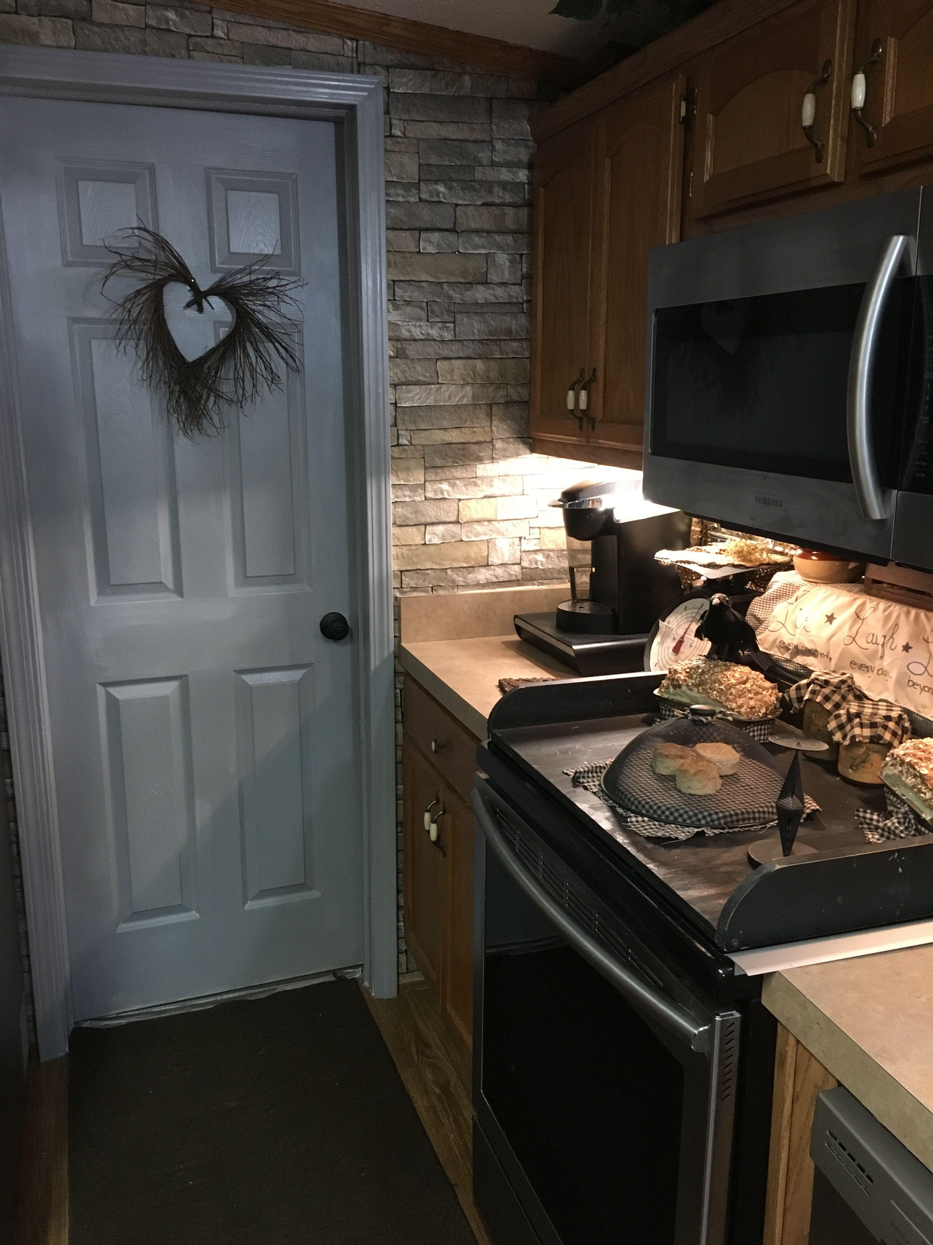Mobile home living primitive style | Primitive kitchen ...