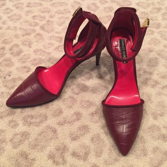 e94696340037 Charles Jourdan Paris Red Stilettos Perfect condition