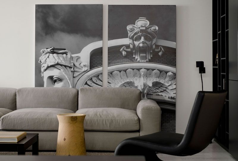 Gothic Couchtisch Stylish Flat Gives Minimalism A Gothic Magnetism (mit ...