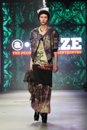 The People of the Labyrinths: iconen op AFW - Fashiontelevision.nl