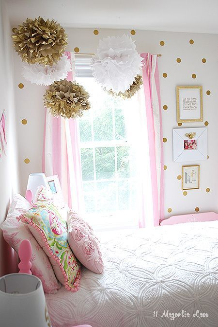 Little girl 39 s room decorated in pink white gold easy for Simple girls bedroom