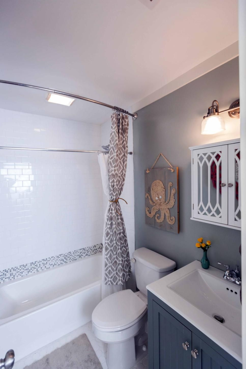 From Changing The Paint Color To Knocking Down Walls See How Your Favorite Hgtv Hosts Take On These T Small Bathroom Makeover Small Bathroom Bathrooms Remodel