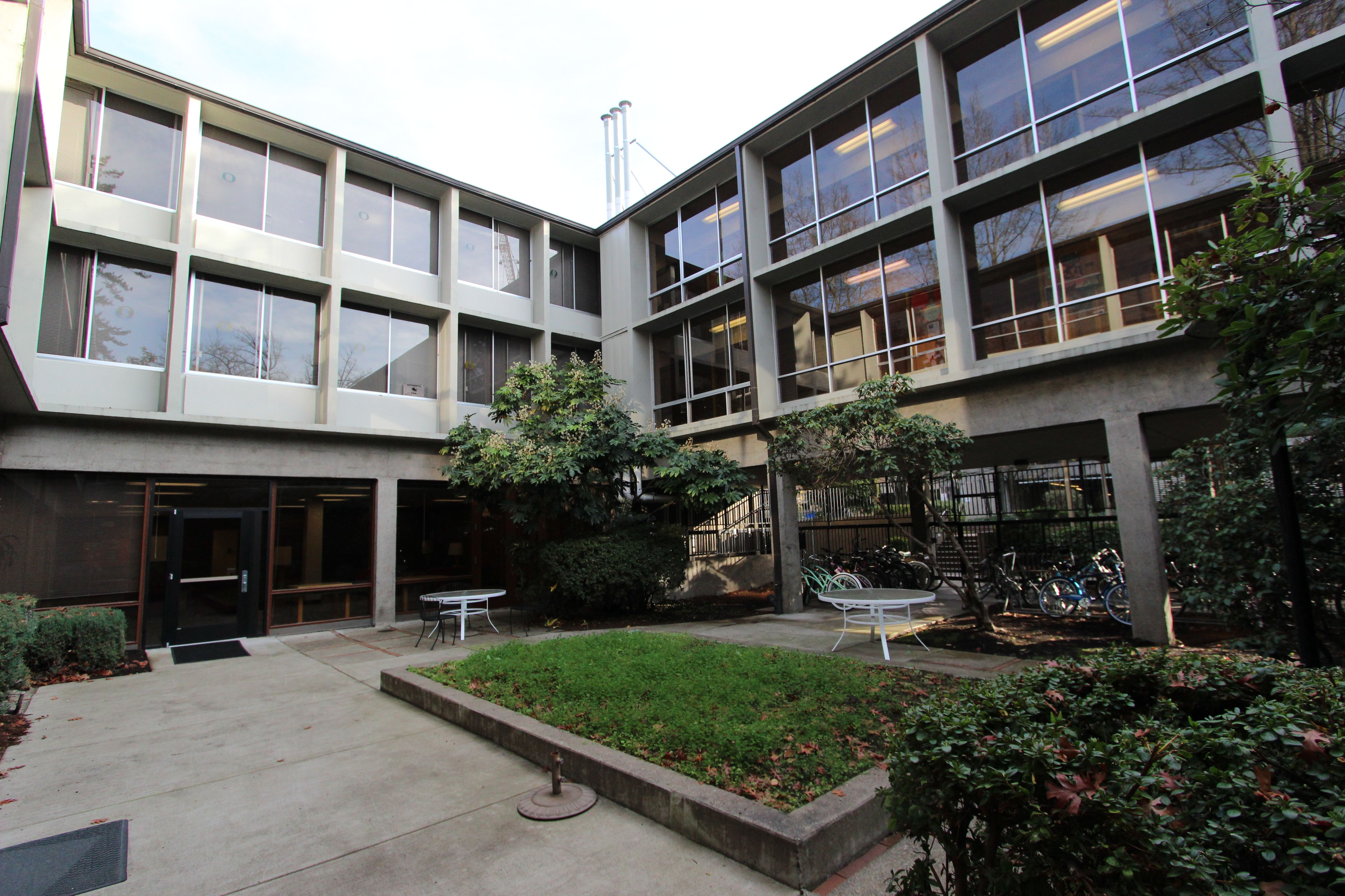 University Of Oregon Housing Application Deadline