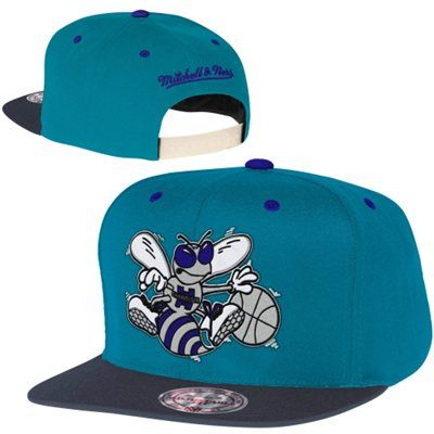 Mitchell   Ness Charlotte Hornets Reflective Two-Tone Adjustable Snapback  Hat 20a7dc8a78b