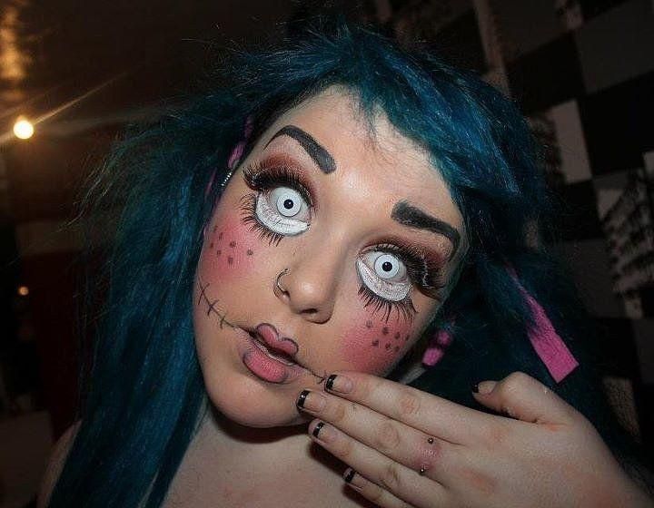 celebrity loathsome lashes 85 real girl halloween costumes - Girl Halloween Masks
