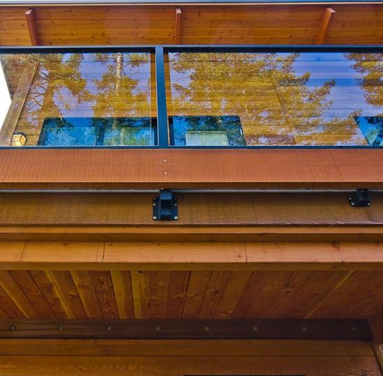 Fascia Cap Off Your Build With The Natural Grain Of Rough Sawn Cedar Fascia Western Red Cedar