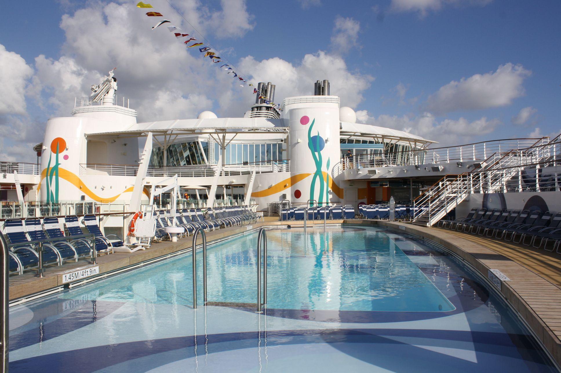 Allure Of The Seas Pool Deck Favorite Places Spaces Pinterest