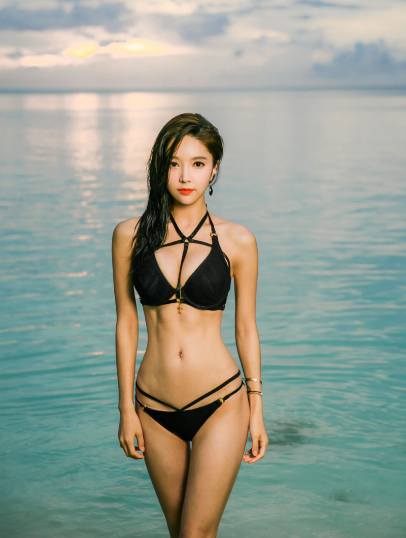 park so yeon mac bikini