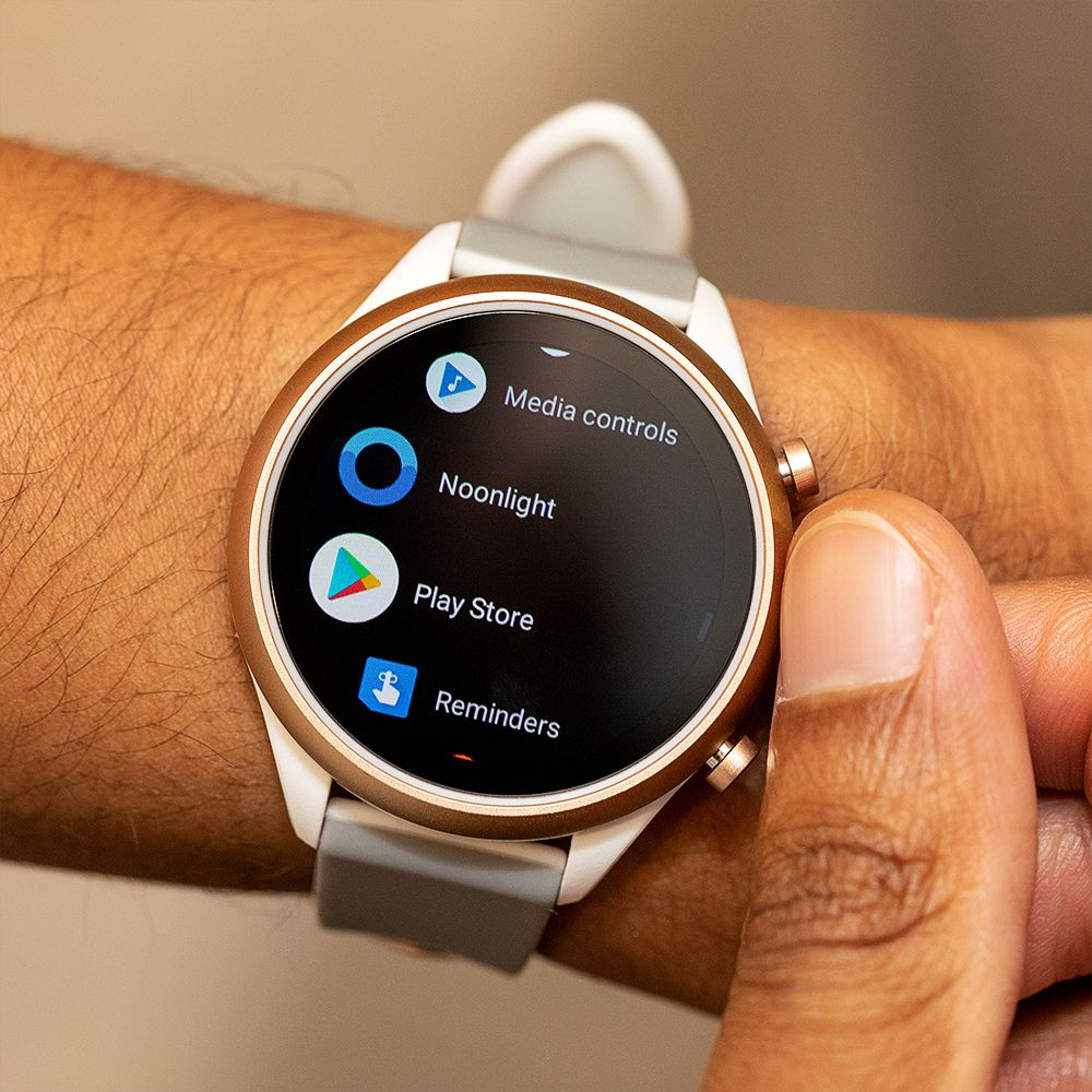 Fossil Sport Smartwatch review new watch, same old tricks