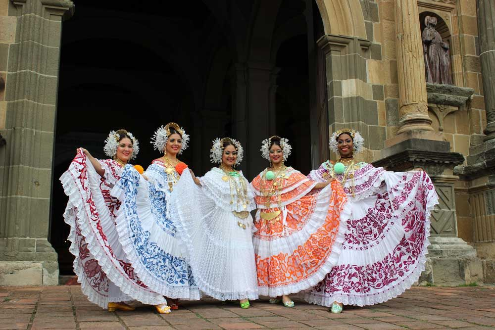 Image result for panama national costume women in Panama ...