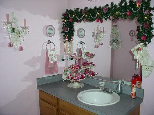 Pink Christmas Decor In Bathroom Christmas Bathroom Christmas Bathroom Decor Pink Christmas Decorations