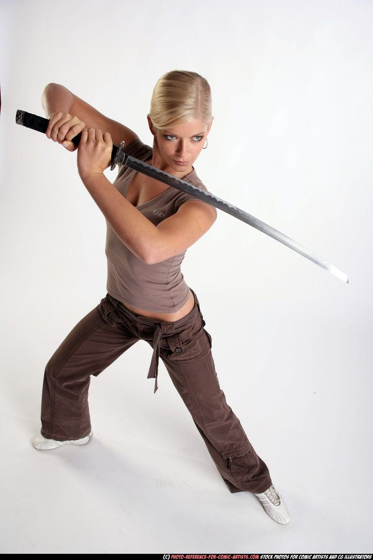 Girl - defend pose - katana by comicReference on DeviantArt | people