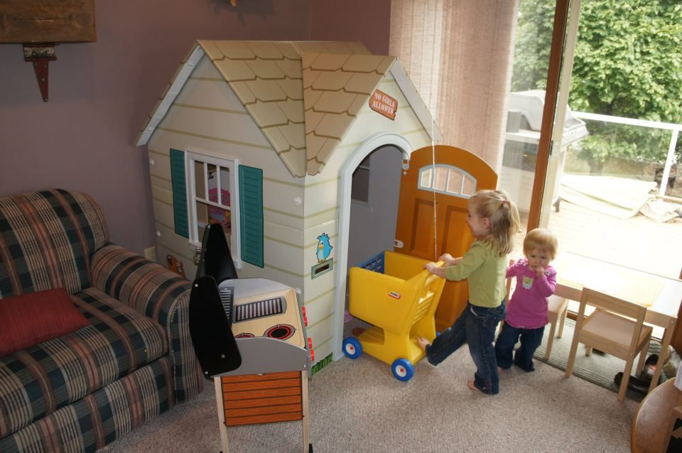 Fun At Grandmau0027s House With The Beezer Cottage Playhouse!